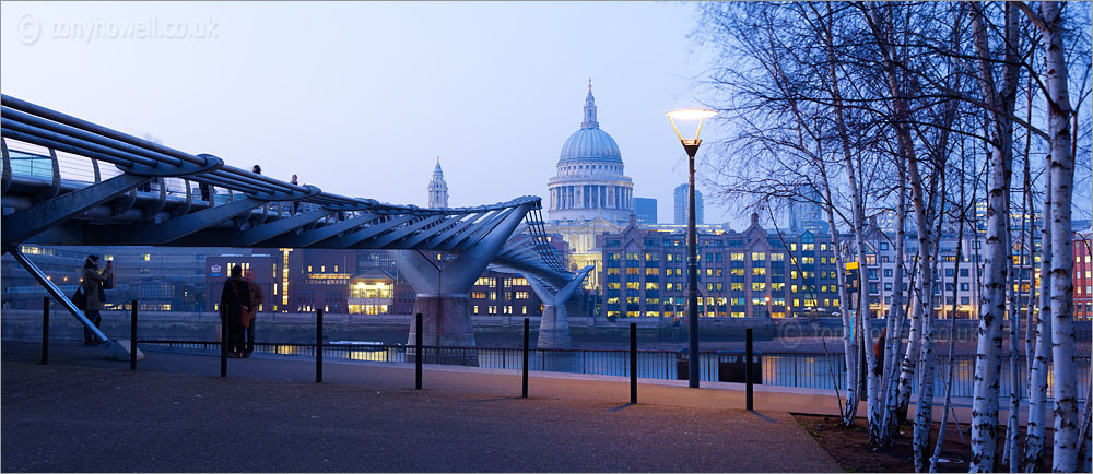 St Pauls Cathedral, Dusk