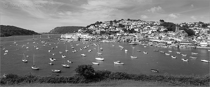 Salcombe Town and Boats