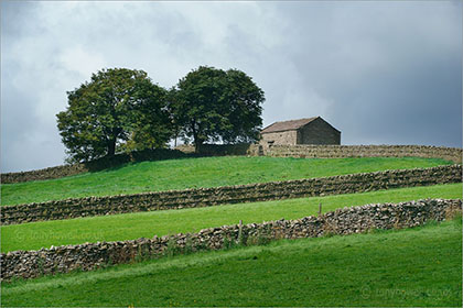 Walls and Barn, Hawes