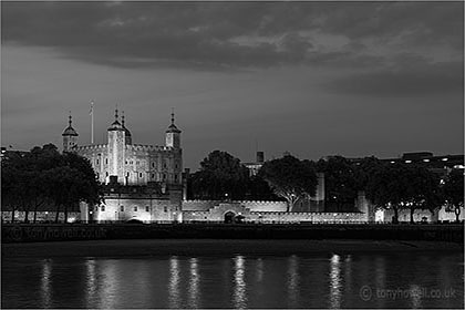 Tower of London, Dusk