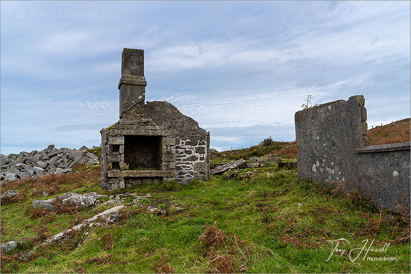 Abandoned Farm Buildings, Carbilly Tor, Bodmin Moor