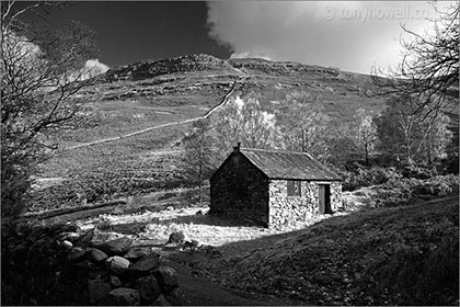 Hut, Lake District, Black and White