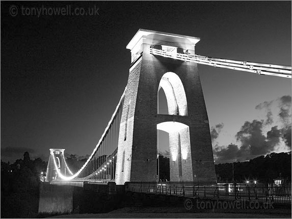 Clifton Suspension Bridge, Dusk