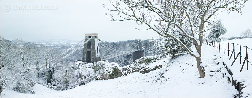 Clifton Suspension Bridge, Bristol, Avon Gorge, Snow