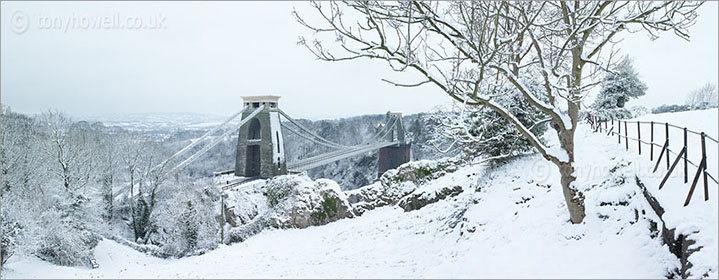 Snow, Clifton Suspension Bridge